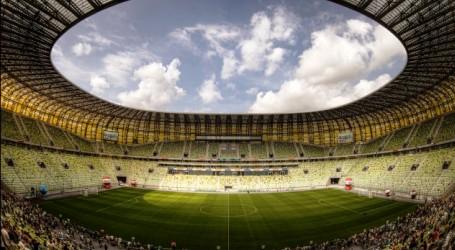 Euro 2012 le stade pge arena dantzig b nin football for Le stade du miroir